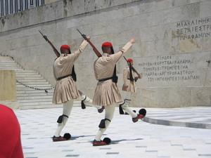 Athene - aflossen van de wacht