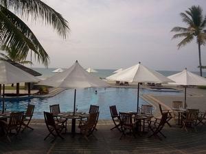 Na een dag site-seeing is het heerlijk relaxen aan het zwembad
