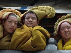 44 Jonge monniken Tibet