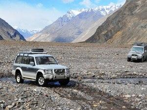 Vervoer 4wd Jeep - Tadzjikistan