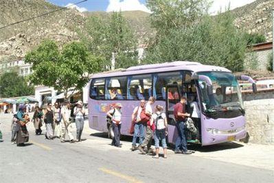 Tibet en Nepal bus vervoersmiddel Djoser