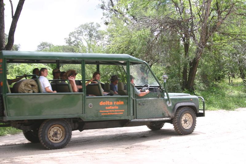 Nxai Pans nationaal park - zanderige track