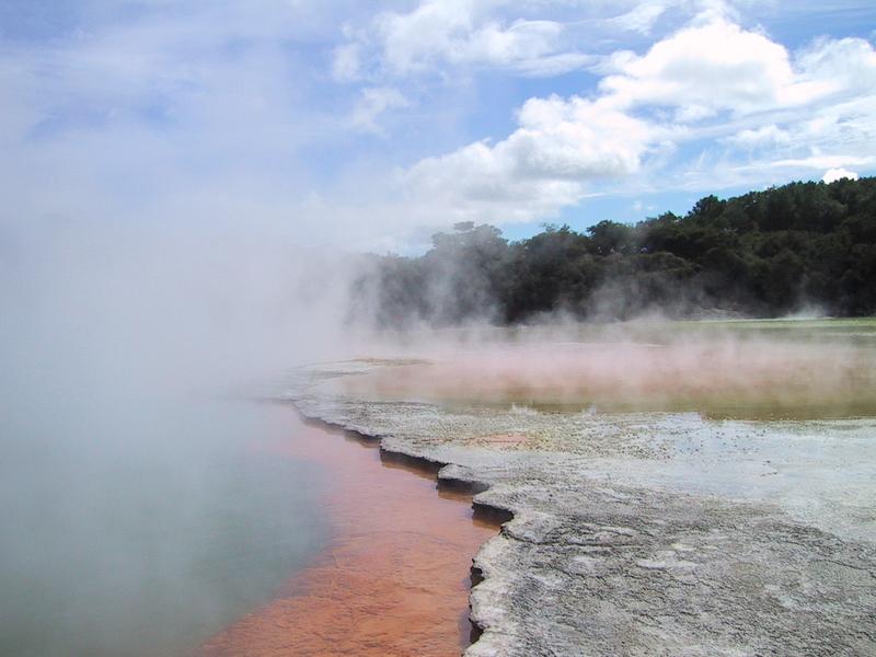 Rotorua - champagne pools
