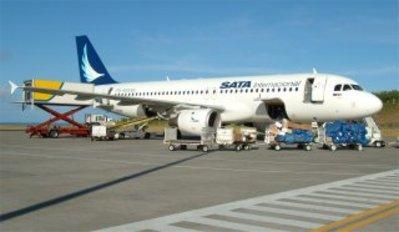 Azoren vliegtuig vervoersmiddel luchtvaartmaatschappij Djoser