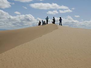 Zandduinen beklimmen