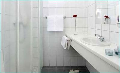 badkamer Vatsnes Ijsland Djoser