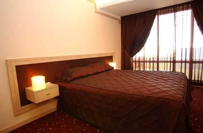 Iran hotel overnachting kamer Djoser