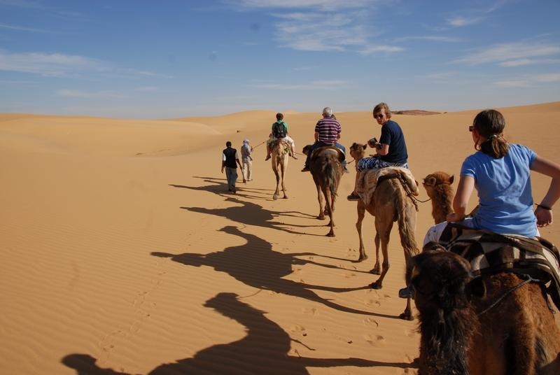 Met je eigen kameel door de woestijn