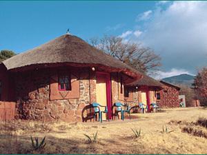 In Zuid-Afrika slapen we geregeld in rondavels