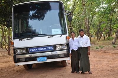 Myanmar rondreis bus vervoersmiddel Djoser