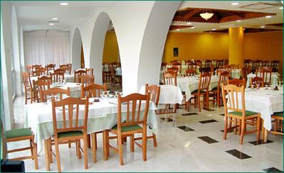 Italie hotel lobby overnachting accommodatie Djoser