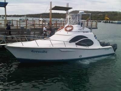 Ecuador en Galapagos boot Djoser