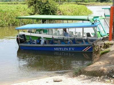 Costa Rica vervoersmiddel boot Djoser