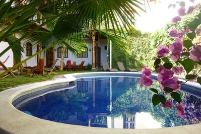 Costa Rica Nicaragua accommodatie overnachting zwembad Djoser