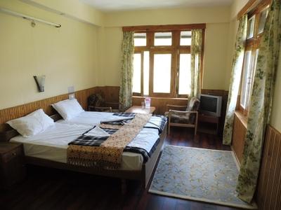 Hotel kamer Keylong india en Ladakh accommodatie overnachting Djoser