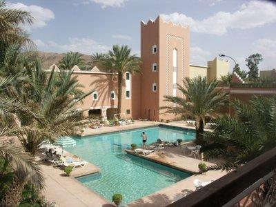 Hotel marokko Djoser zwembad uitzicht accommodatie