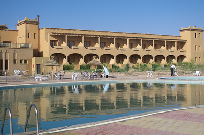 Hotel marokko djoser zwembad overnachting