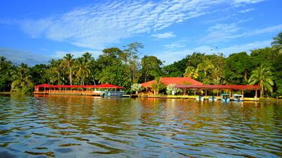 Costa Rica overnachting rivier Djoser