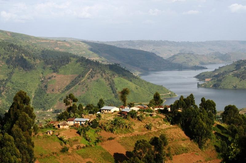 11B- omgeving Lake Bunyonyi
