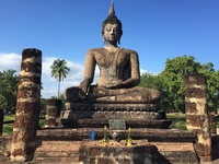 Sukhothai park boeddha Thailand Djoser