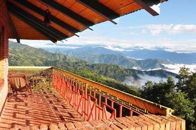 Djoser Nepal Hotel Nagarkot Uitzicht Farmhouse overnachting Accommodatie