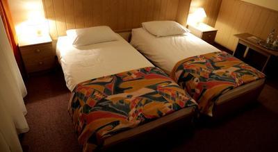 Hotel Mazuria Mazuren losse bedden kamer Polen