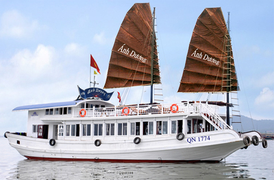 Halong Bay Cruise Vietnam Djoser