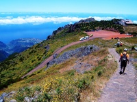 Madeira wandelreis Djoser uitzicht berg Ribeira Brava