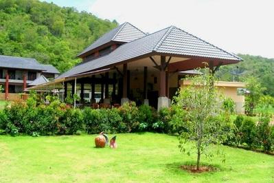 Khao Yai Nature Life Resort restaurant Thailand