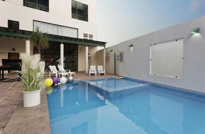 Hotel Olmeca Plaza zwembad Villahermosa Mexico