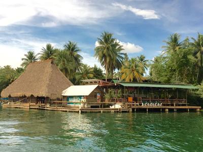 Hotel Catamaran Rio Dulce Guatemala