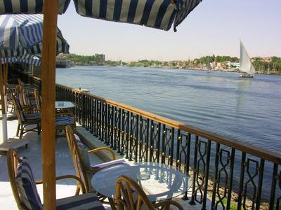 Isis Corniche hotel terras Aswan Egypte