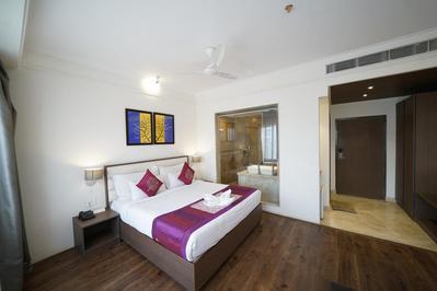 Hotel Broadway kamer Varanasi India Djoser