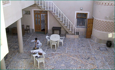 Iran Turkmenistan Oezbekistan hotel accommodatie overnachting lobby Djoser