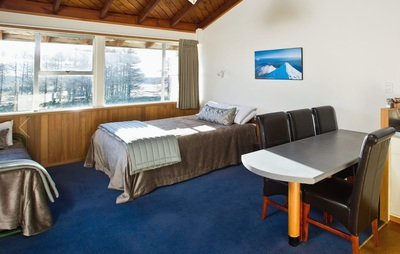 Discovery Lodge kamer Tongariro Nieuw-Zeeland