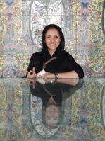 Iraanse lokale vrouw