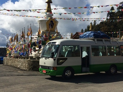 Bus Bhutan Djoser