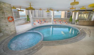 Tryp by Wyndham zwembad Abu Dhabi