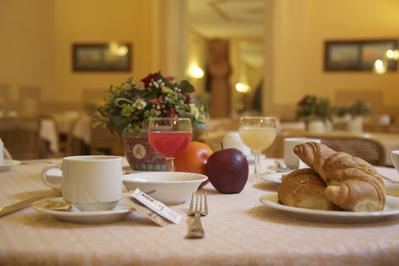 Hotel Nuovo Rebecchino ontbijt Napels Italie