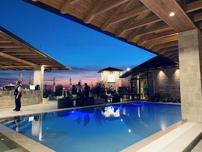Hotel Panorama zwembad Kruje