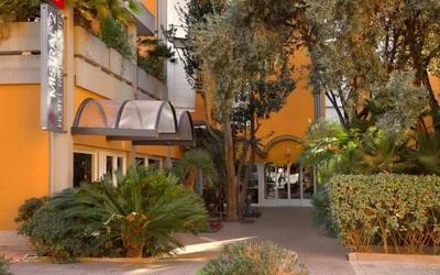 Hotel Mistral 2 entree Oristano Sardinie