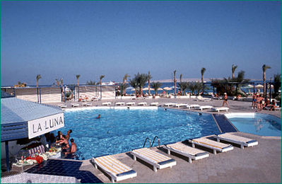Egypte Zwembad hotel overnachting Djoser
