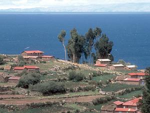 Isla Amantaní - uitzicht over eiland