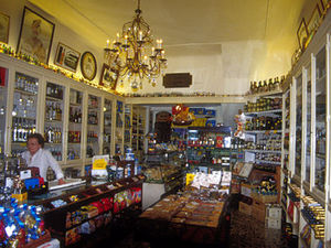 Taormina - winkeltje met lekkers