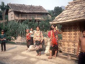 Onderweg naar Vang Vieng - dorp van minderheden