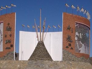 Karakorum - Monument
